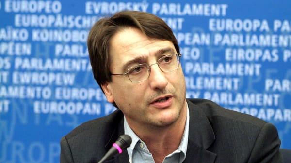Il presidente dell'Antimafia Fava: fuori la verità sui reali posti letto in Sicilia