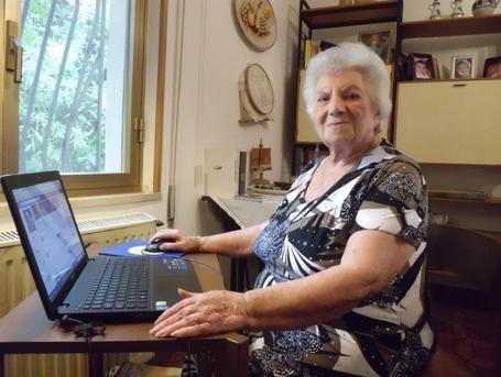 Maestra di Salemi a 98 anni scopre Facebook: