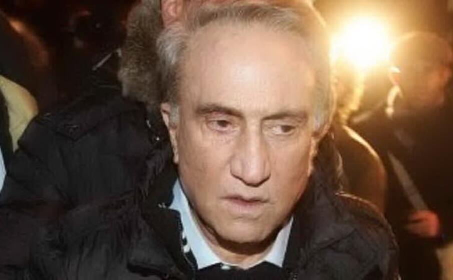 Il Gip di Napoli convalida l'arresto per evasione di Emilio Fede