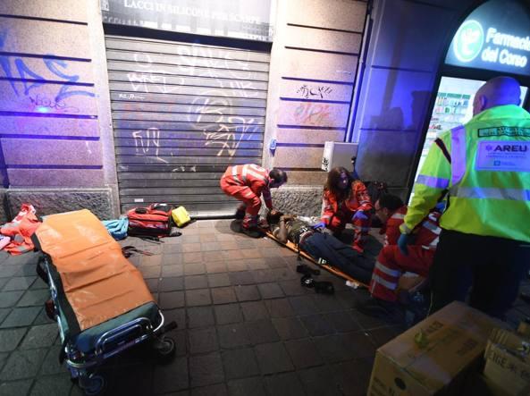 Rissa in un locale notturno di Milano, tre accoltellati