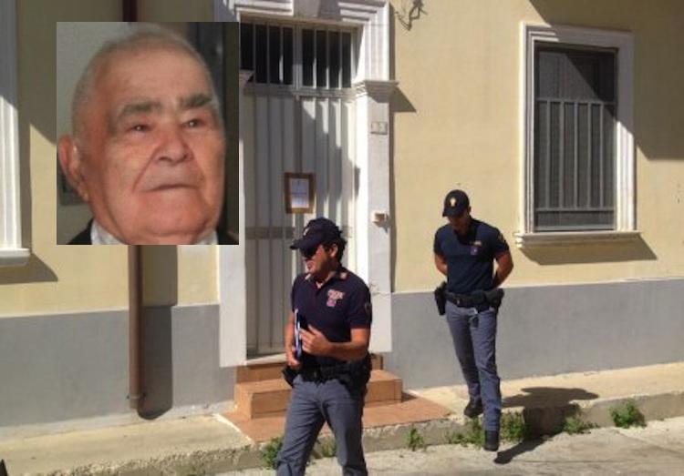 Siracusa, l'anziano ucciso con il fuoco: fermato un diciottenne, un altro coetaneo è in fuga