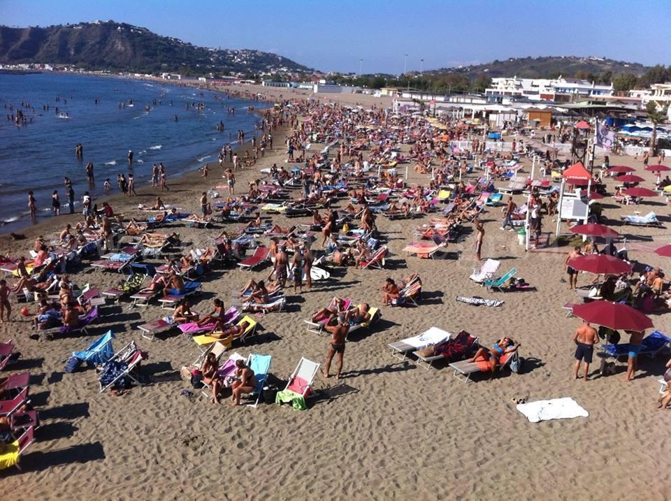 Ferragosto: in Sicilia qualche nuvola, ma spiagge piene