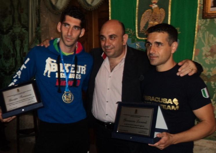 Kickboxing, il sindaco di Siracusa premia Ferrazzano e Leonardi
