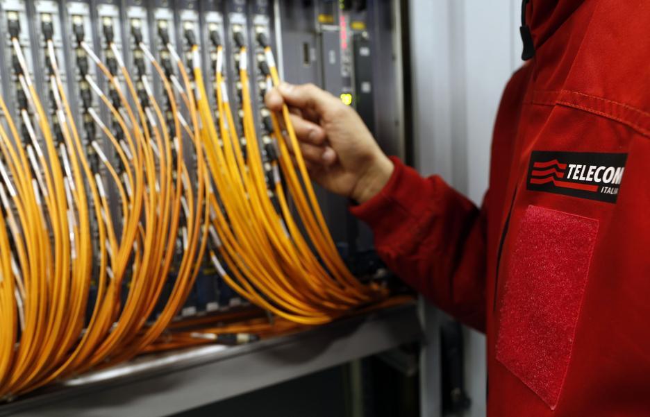 Telefoni e Internet in tilt in una zona tra Floridia e Solarino per un furto