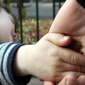 Torino, rapiscono il figlio di 7 anni dalla comunità affidataria: arrestati