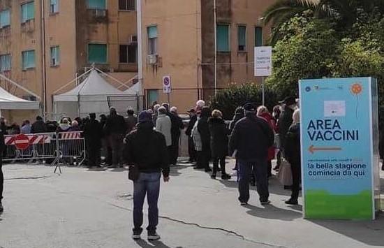Ragusa, il M5S: l'hub per i vaccini provoca troppi disagi