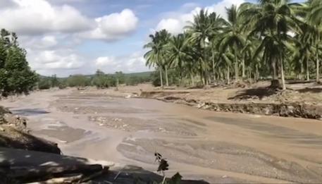 Filippine, tempesta tropicale: i morti salgono a 200