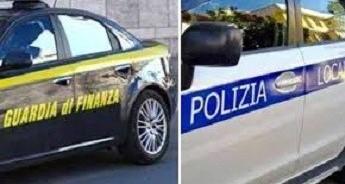 Modica, blitz di Polizia locale e Finanza contro abusivismo commerciale