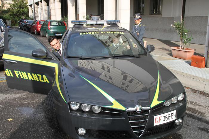 Reggio Calabria, la Finanza trova 600 grammi di cocaina: un arresto