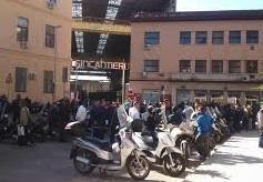 Palermo, sit-in dei lavoratori della Fincantieri davanti lo stabilimento