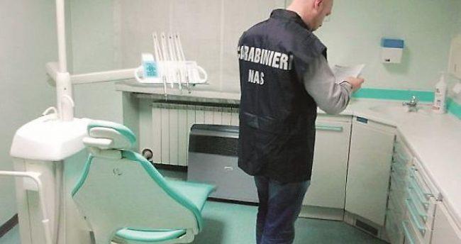 Falso medico dentista arrestato a Caltanissetta