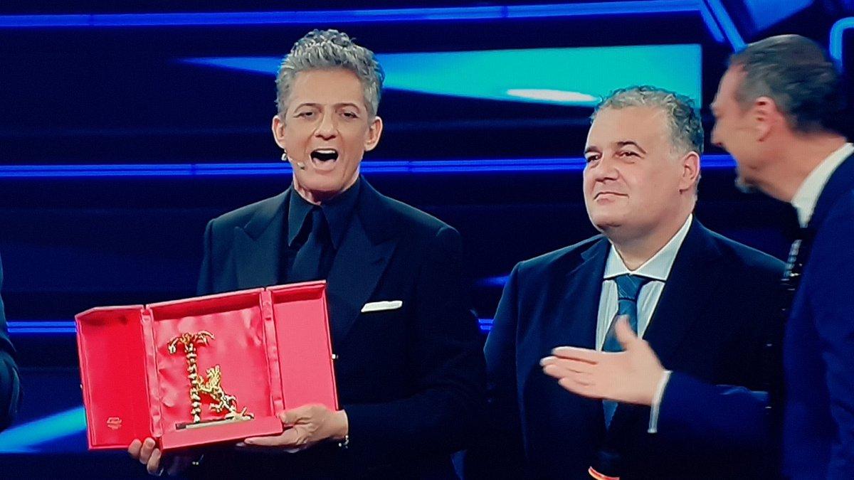 """A Rosario Fiorello il Premio """"Città di Sanremo"""", per lo showman di Augusta """"è il più bello"""""""