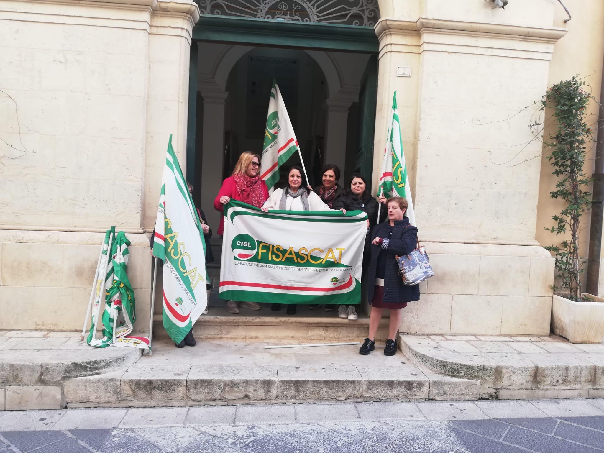 Addetti alle pulizie del Comune di Rosolini proclamano lo stato di agitazione