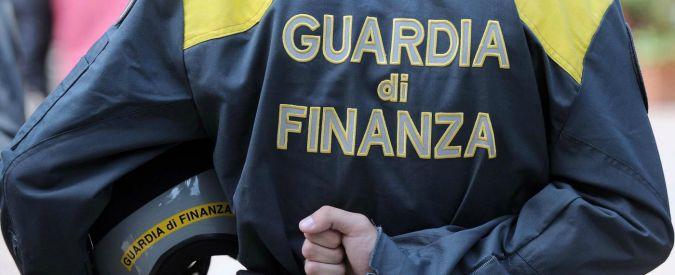 Fisco: frode da 150 milioni, arresti e perquisizioni a Napoli