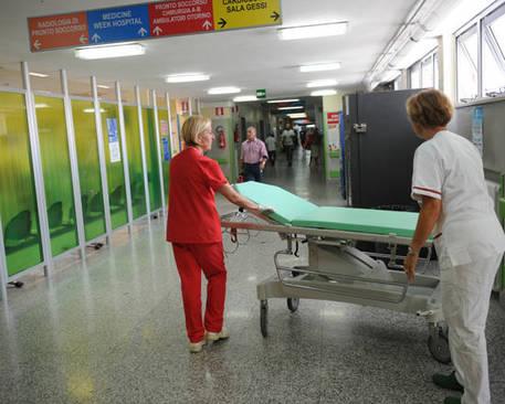 Fisco: infermieri irregolari, evasi 3,6 milioni di euro a Biella