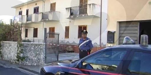 Accoltella un vicino di casa, arrestato nel Cosentino