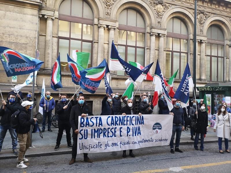 Categorie dimenticate, flash mob di Fratelli d'Italia l'1 Maggio a Palermo