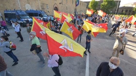 Flash mob a Palermo contro l'assessorato alla Cultura alla Lega