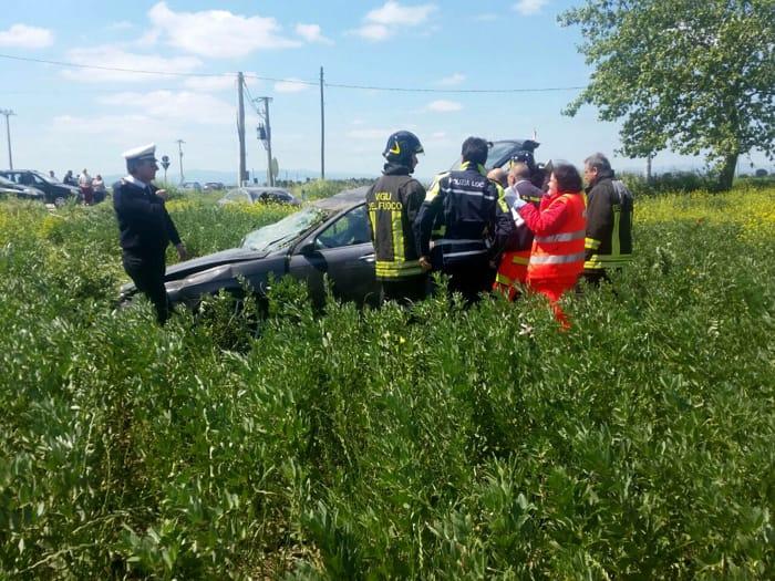 Incidente frontale a Foggia, un morto e sei persone ferite