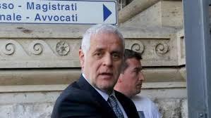 Milano, Formigoni esce dal carcere e va ai domiciliari