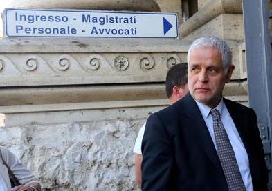 Milano, atteso ordine di carcerazione per Formigoni