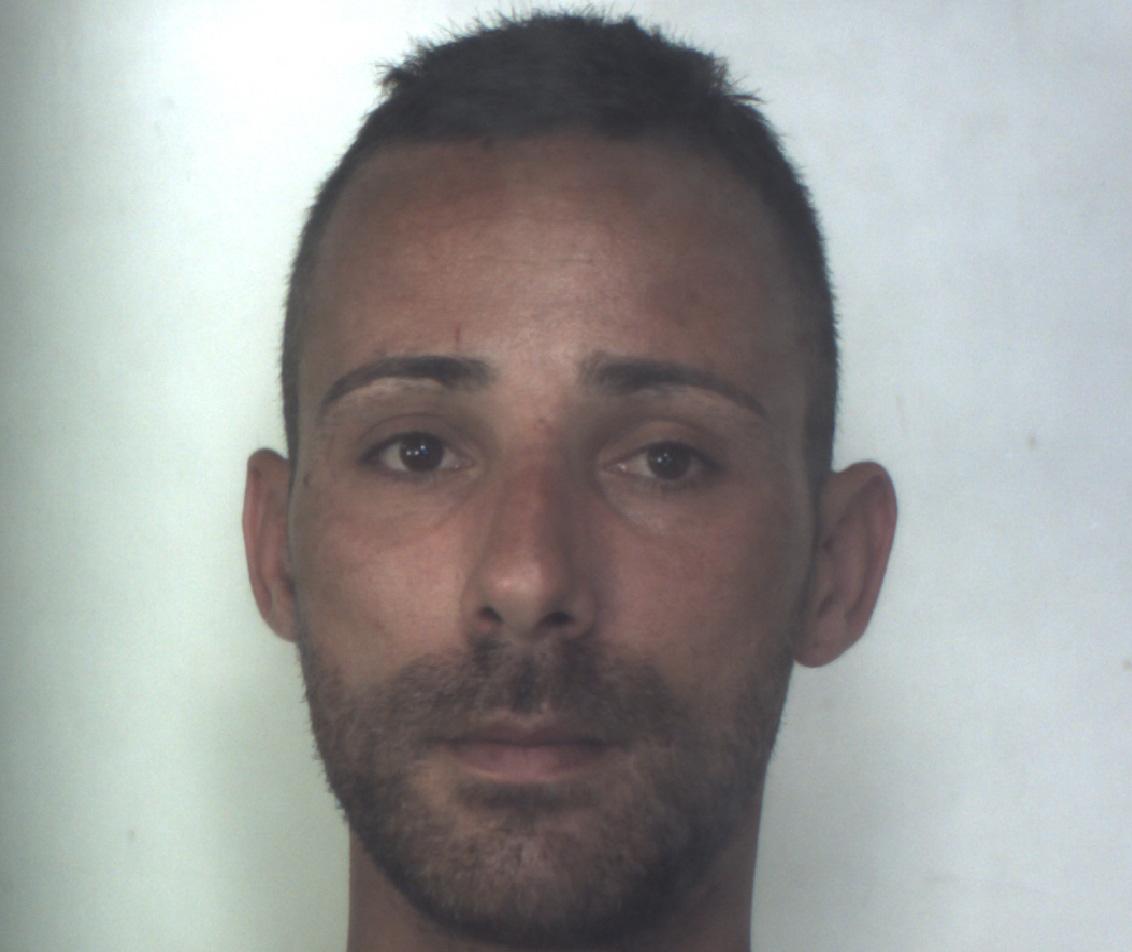 Evade dai domiciliari per commettere un furto: arresto a Siracusa