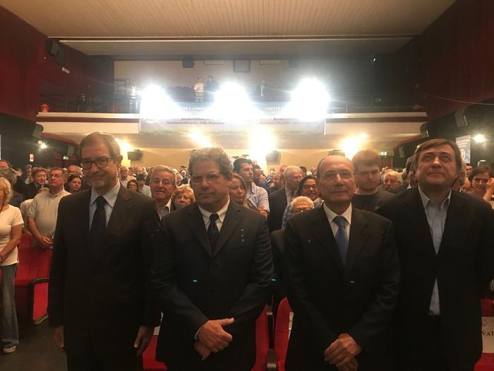 Forza Italia apre la campagna elettorale a Palermo a sostegno di Musumeci