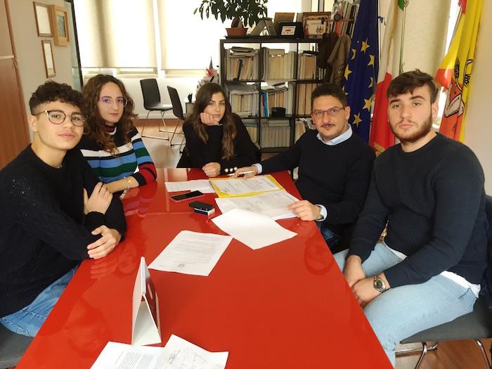 Pachino, quattro studenti del Bartolo sindaci per un giorno