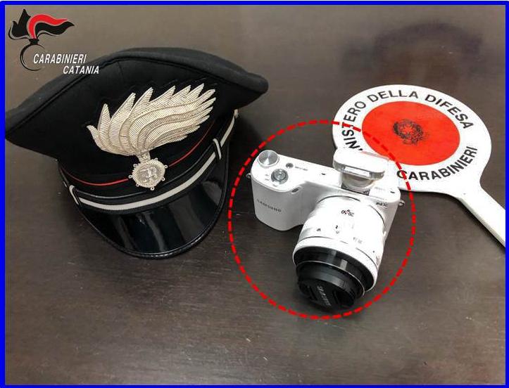 Paternò, scaraventato dal balcone per rubargli macchina fotografica: arrestato