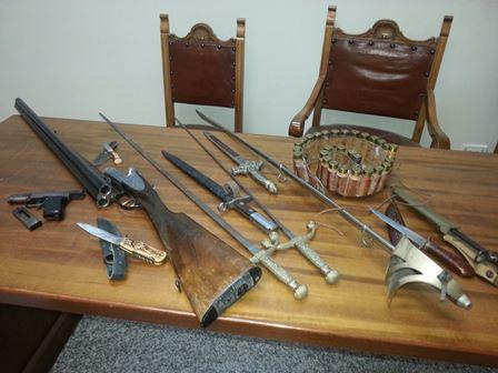Acireale, possesso illegale di armi e munizioni: denunciato