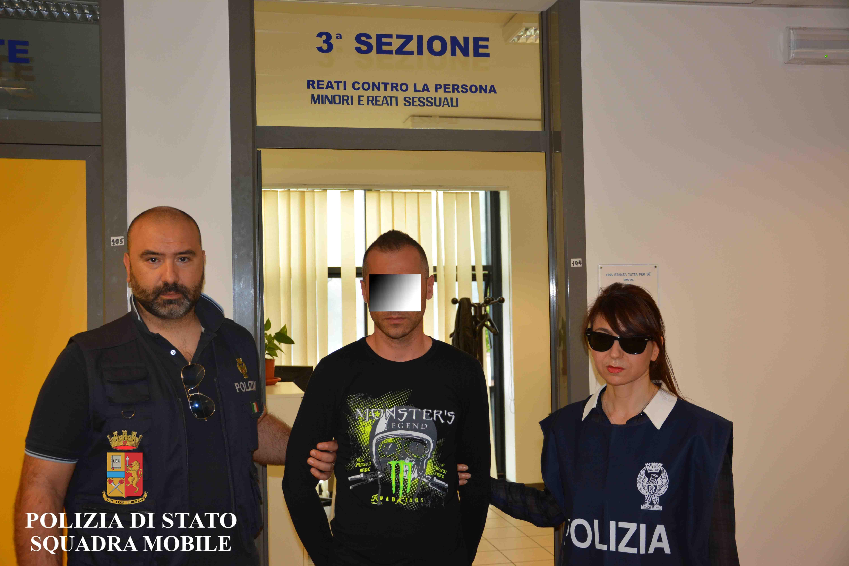 Ragusa, pedofilo in manette: avrebbe abusato di una bimba  di 12 anni