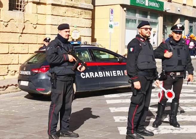 Spacciatore ma anche estorsore: agli arresti domiciliari a Caltagirone