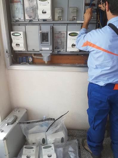 Contatori elettrici manomessi a Catania, scattano le sanzioni