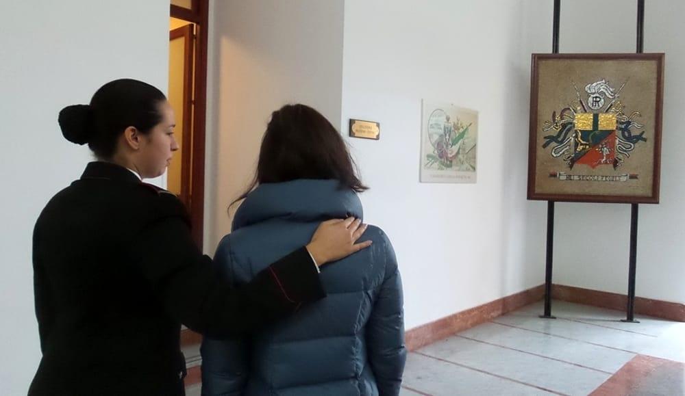 Pornografia e prostituzione minorile, arrestato un 27enne a Catania