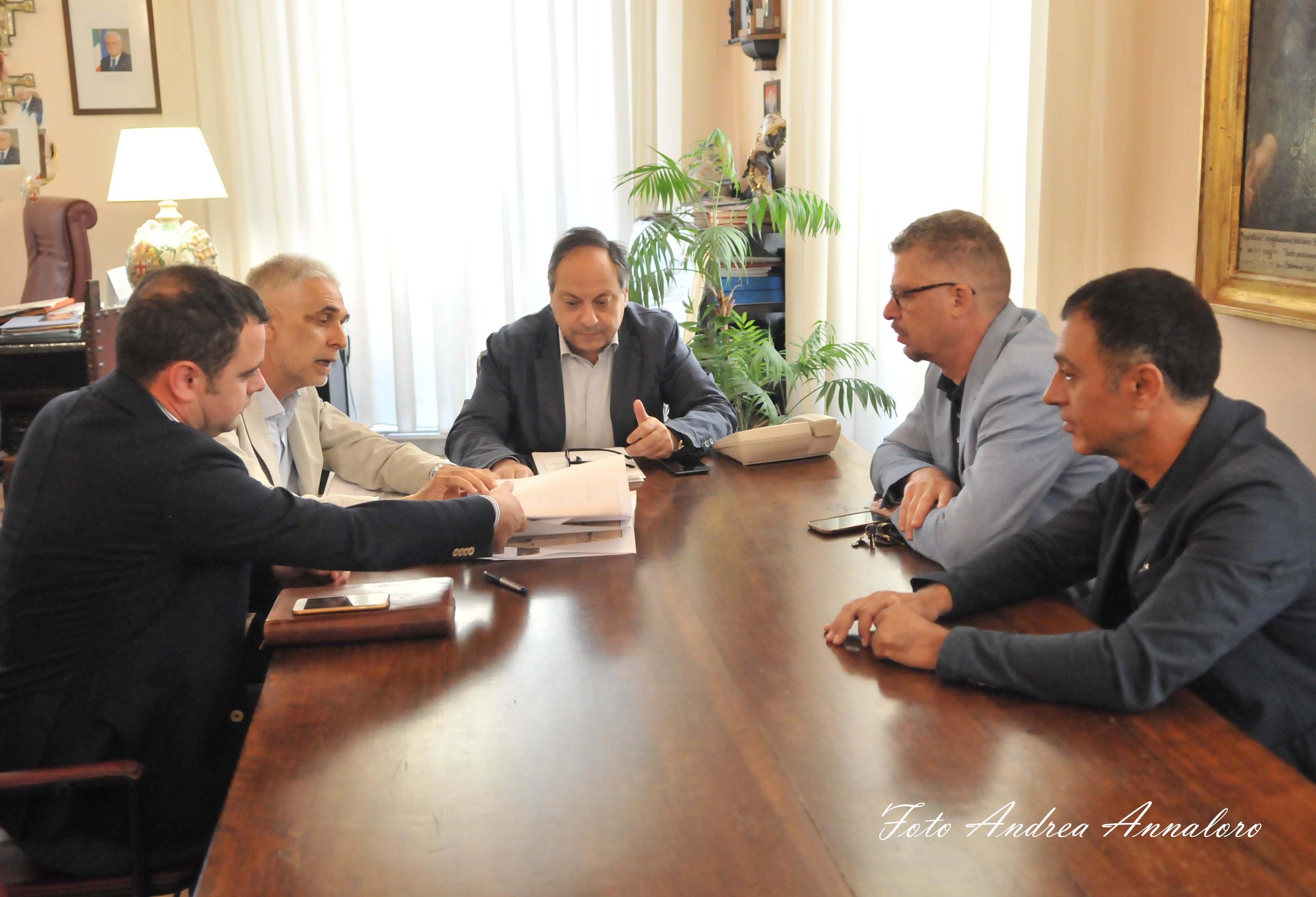 Tratta ferroviaria Caltagirone-Gela: presentato un progetto