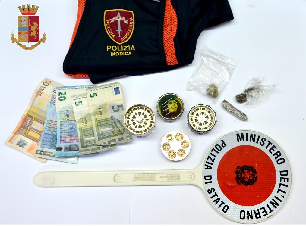Droga in pieno centro a Modica, un arresto: denunciato un minore