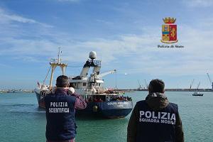 Immigrazione, fermati due presunti scafisti dalla polizia a Pozzallo