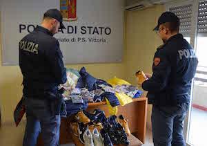 Vittoria, vendevano merce contraffatta: oltre 300 sequestri