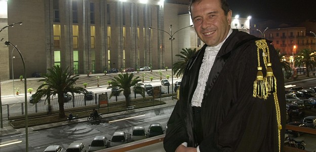 Palermo, Cassazione sul delitto Fragalà: esito opposto per 2 indagati
