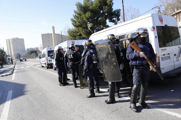 Volevano colpire candidato alle Presidenziali: 2 fermi a Marsiglia