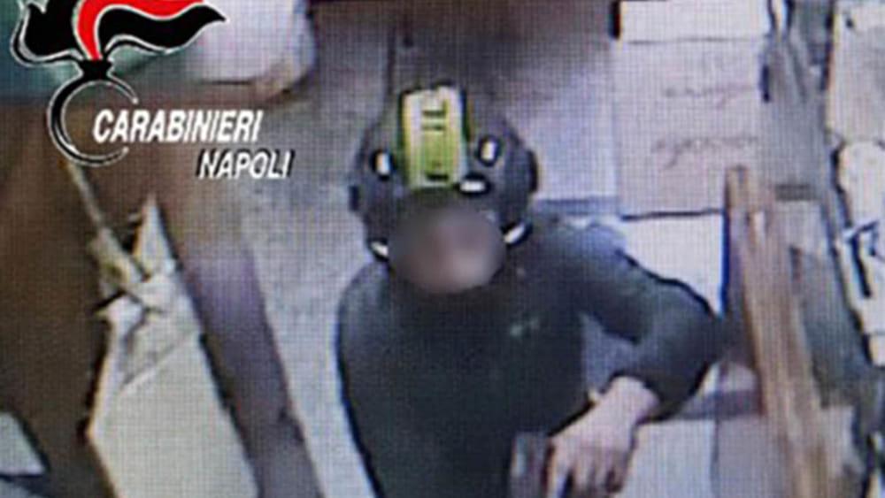 Fratelli rapinatori fermati a Napoli, uno di 16 e l'altro di 18 anni