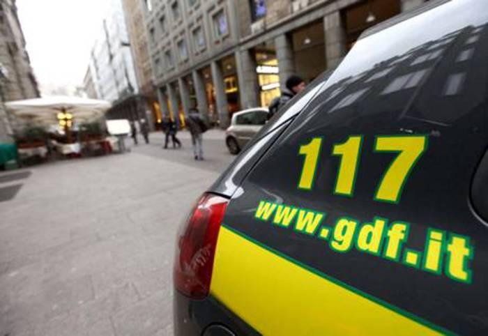 Diciassette arresti a Milano per frode fiscale