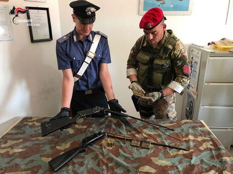 Trovati fucili e munizioni nel Reggino, erano nascosti tra la vegetazione