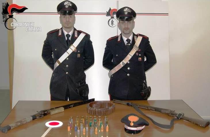 Armi, nascondono nell'ovile due fucili e munizioni: arrestati