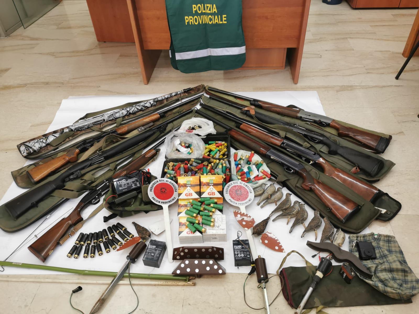Bracconaggio a Siracusa, sequestrati fucili e trappole: otto denunce