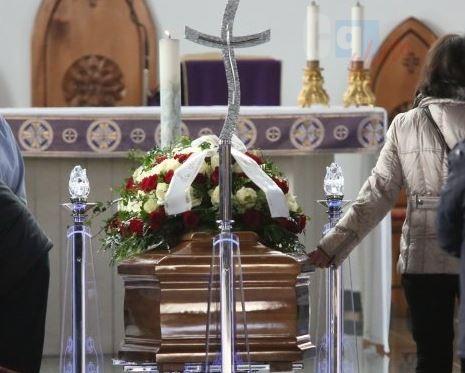 Carlentini, un paese intero rende omaggio al tecnico ucciso in Libia