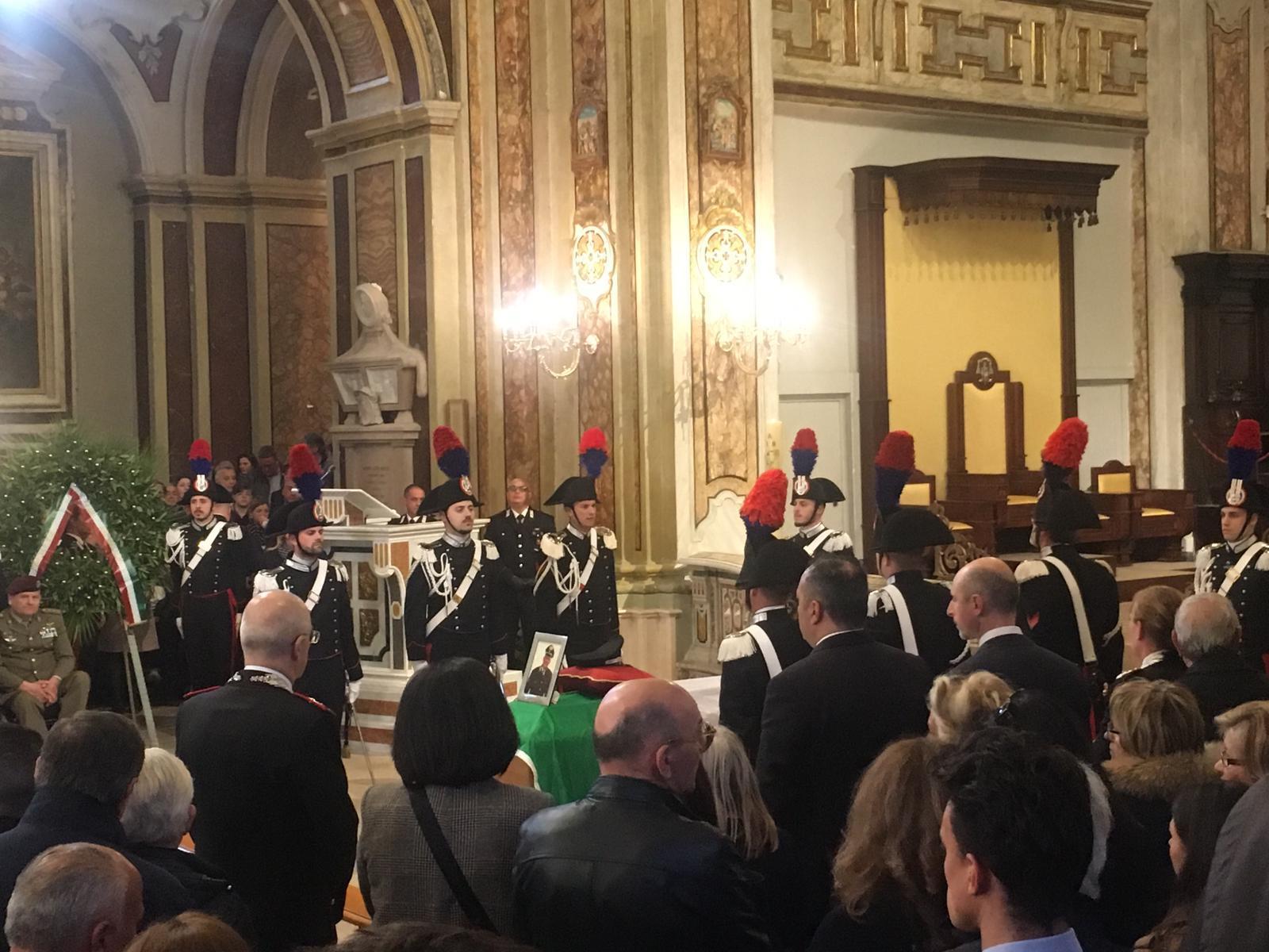 Commozione a San Severo ai funerali di Stato di Vincenzo Di Gennaro