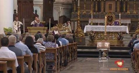 Modica, folla di amici ed estimatori ai funerali dell'ex assessore Elio Scifo