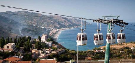 Turismo, luglio negativo per Taormina: 55 mila passeggeri sulla funivia