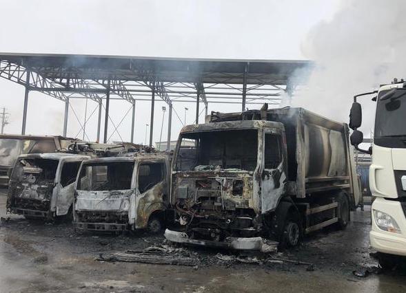 Incendiati 23 mezzi all'impresa che gestisce la raccolta rifiuti a San Severo